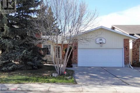 House for sale at 270 David Knight Cres Saskatoon Saskatchewan - MLS: SK772523