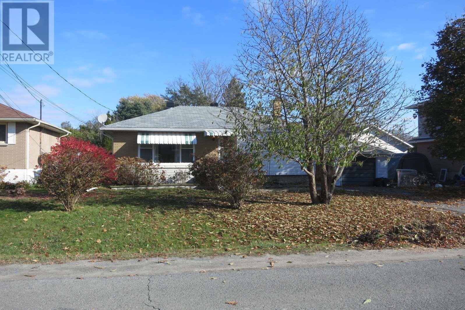 House for sale at 270 Mcewen Dr Kingston Ontario - MLS: K20006364
