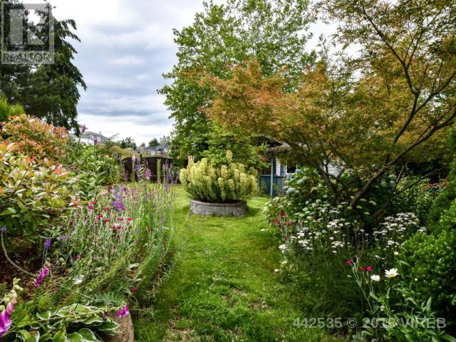 For Sale: 2700 Keats Avenue, Campbell River, BC   4 Bed, 3 Bath House for $449,900. See 26 photos!