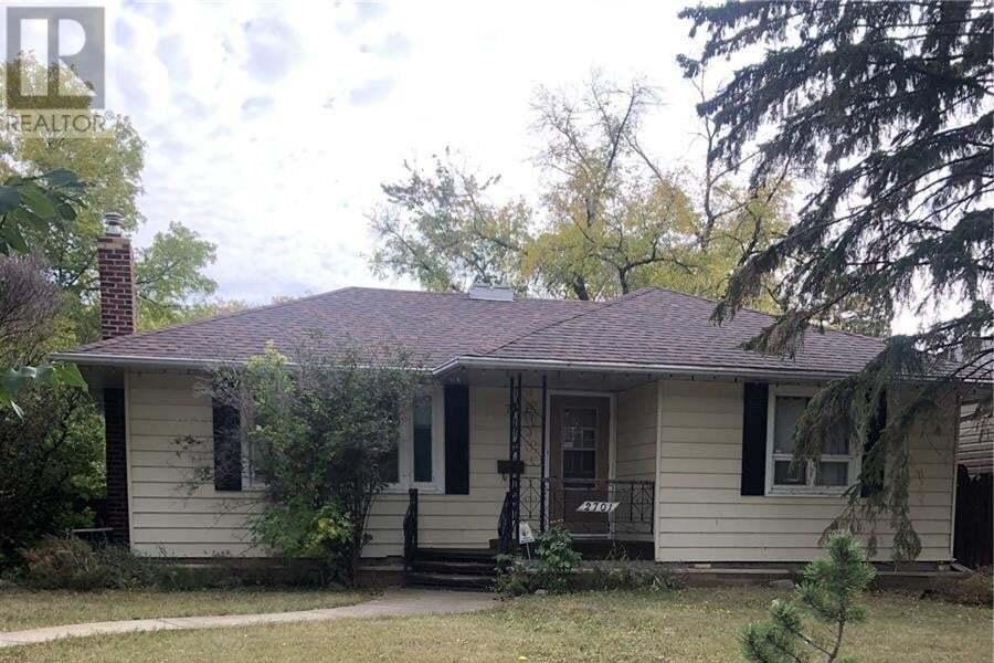House for sale at 2701 Atkinson St Regina Saskatchewan - MLS: SK827730