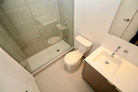 Apartment for rent at 100 Harbour St Unit 2702 Toronto Ontario - MLS: C5057480