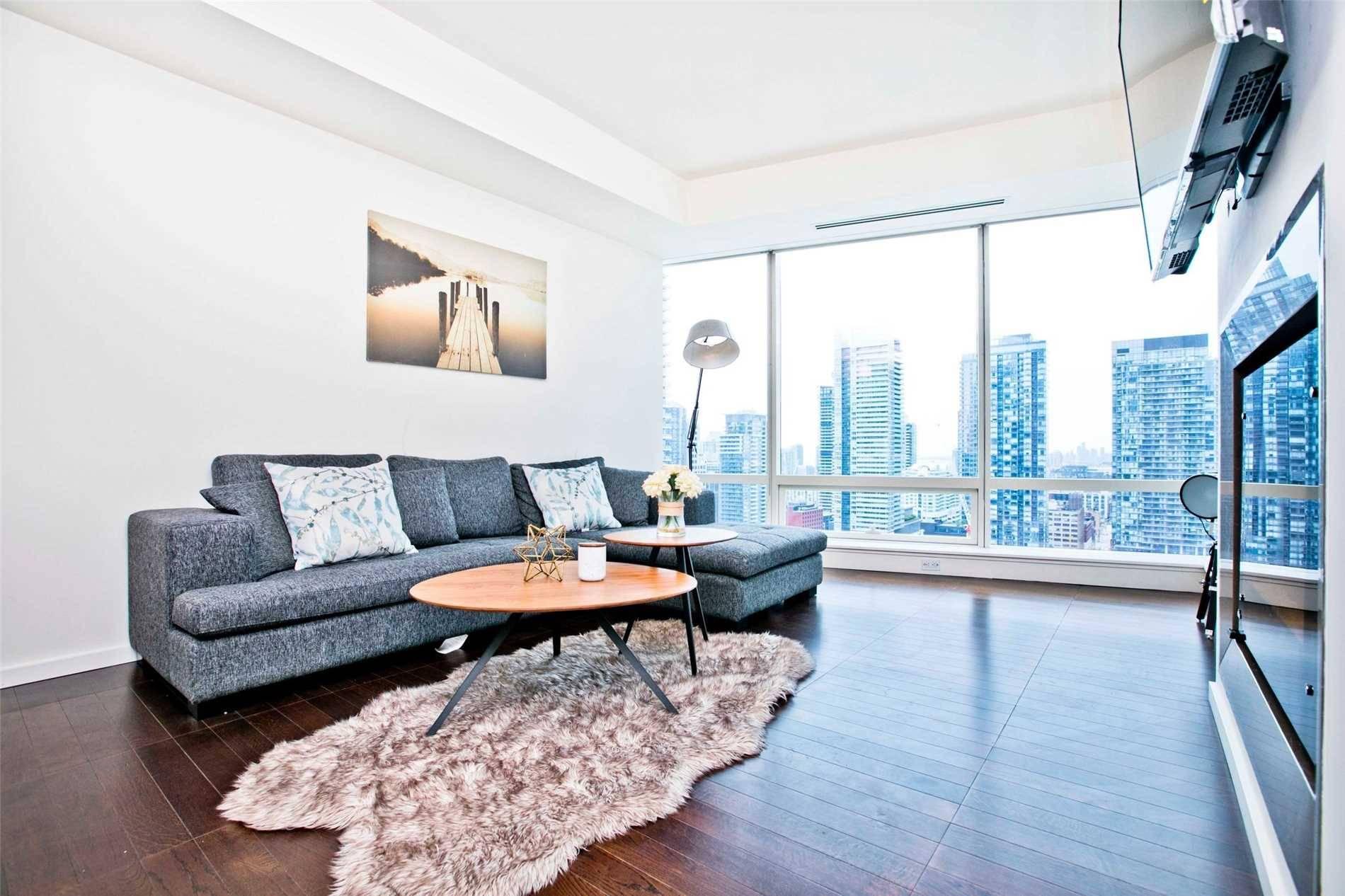 Condo for sale at 180 University Ave Unit 2702 Toronto Ontario - MLS: C4456411