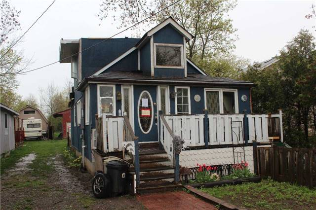 For Sale: 27021 Kennedy Road, Georgina, ON | 3 Bed, 2 Bath House for $279,900. See 4 photos!