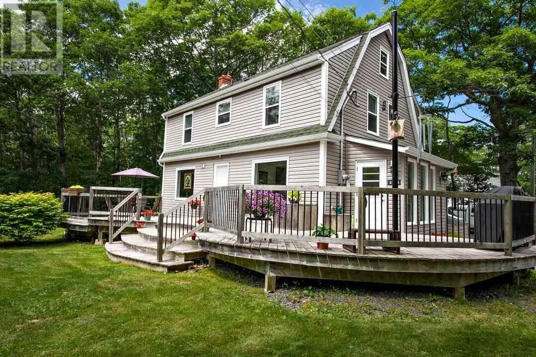 House for sale at 2703 St. Margarets Bay Rd Timberlea Nova Scotia - MLS: 202014001
