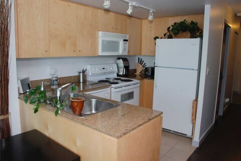 Apartment for rent at 381 Front St Unit 2705 Toronto Ontario - MLS: C4973948