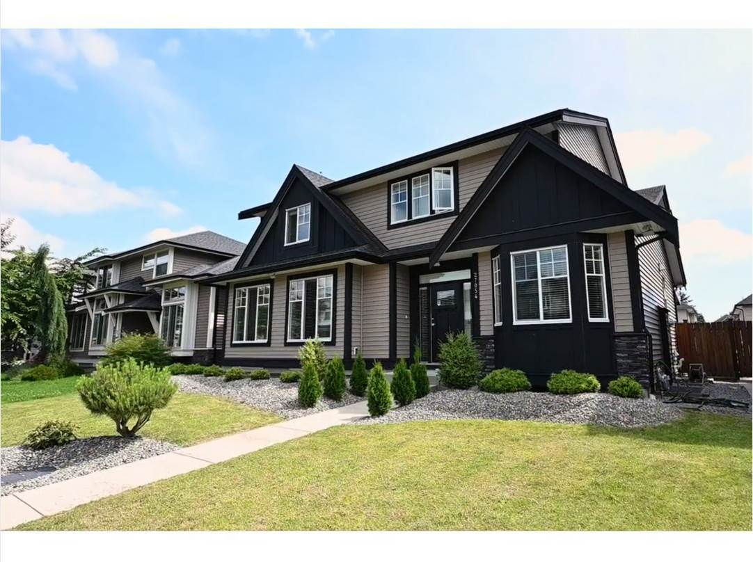 For Sale: 27054 35a Avenue, Langley, BC   7 Bed, 0 Bath House for $1049000.