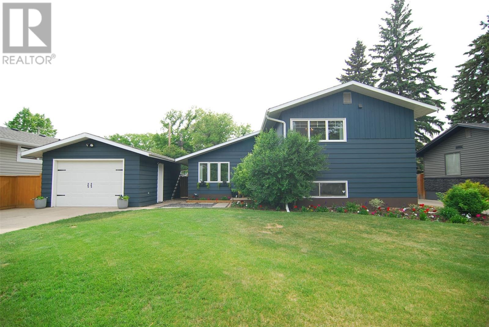 Removed: 2708 Maceachern Avenue, Saskatoon, SK - Removed on 2019-06-25 06:03:21
