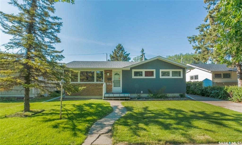 2709 Grant Road, Regina — For Sale @ $284,900 | Zolo.ca