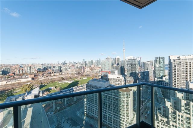 For Sale: 2711 - 215 Fort York Boulevard, Toronto, ON | 2 Bed, 1 Bath Condo for $585,000. See 19 photos!