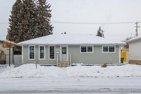 House for sale at 2712 Ferguson Ave Saskatoon Saskatchewan - MLS: SK798740