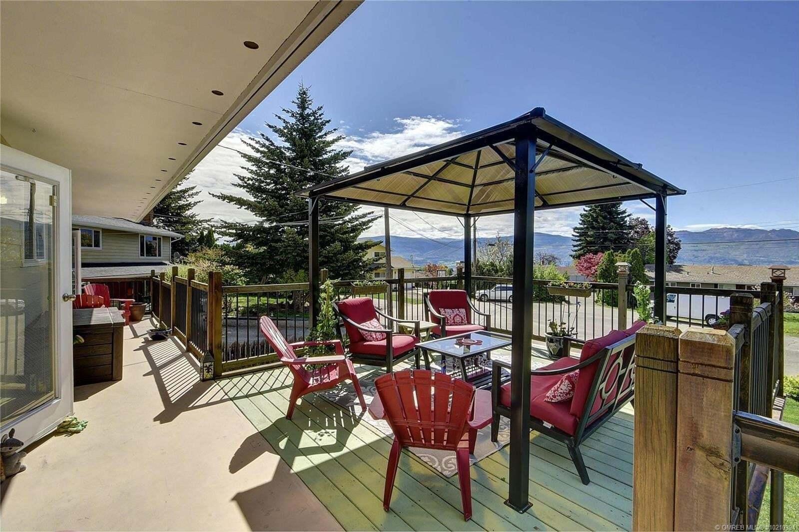 House for sale at 2713 Arlington Pl West Kelowna British Columbia - MLS: 10210394