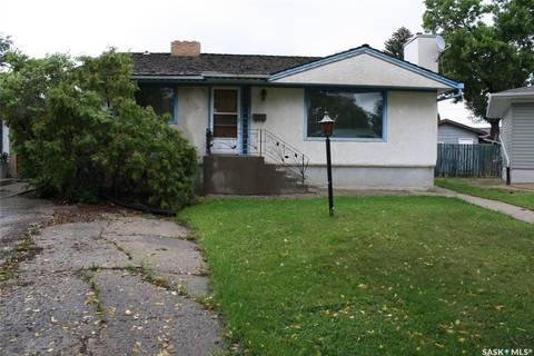 House for sale at 2716 Quinn Dr Regina Saskatchewan - MLS: SK786433
