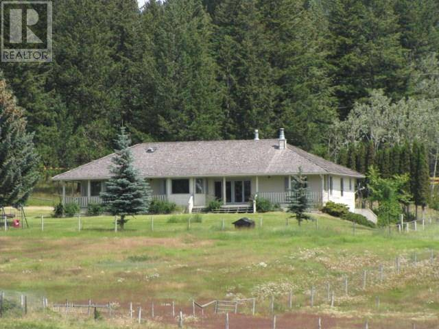 272 Borland Drive, 150 Mile House | Image 1