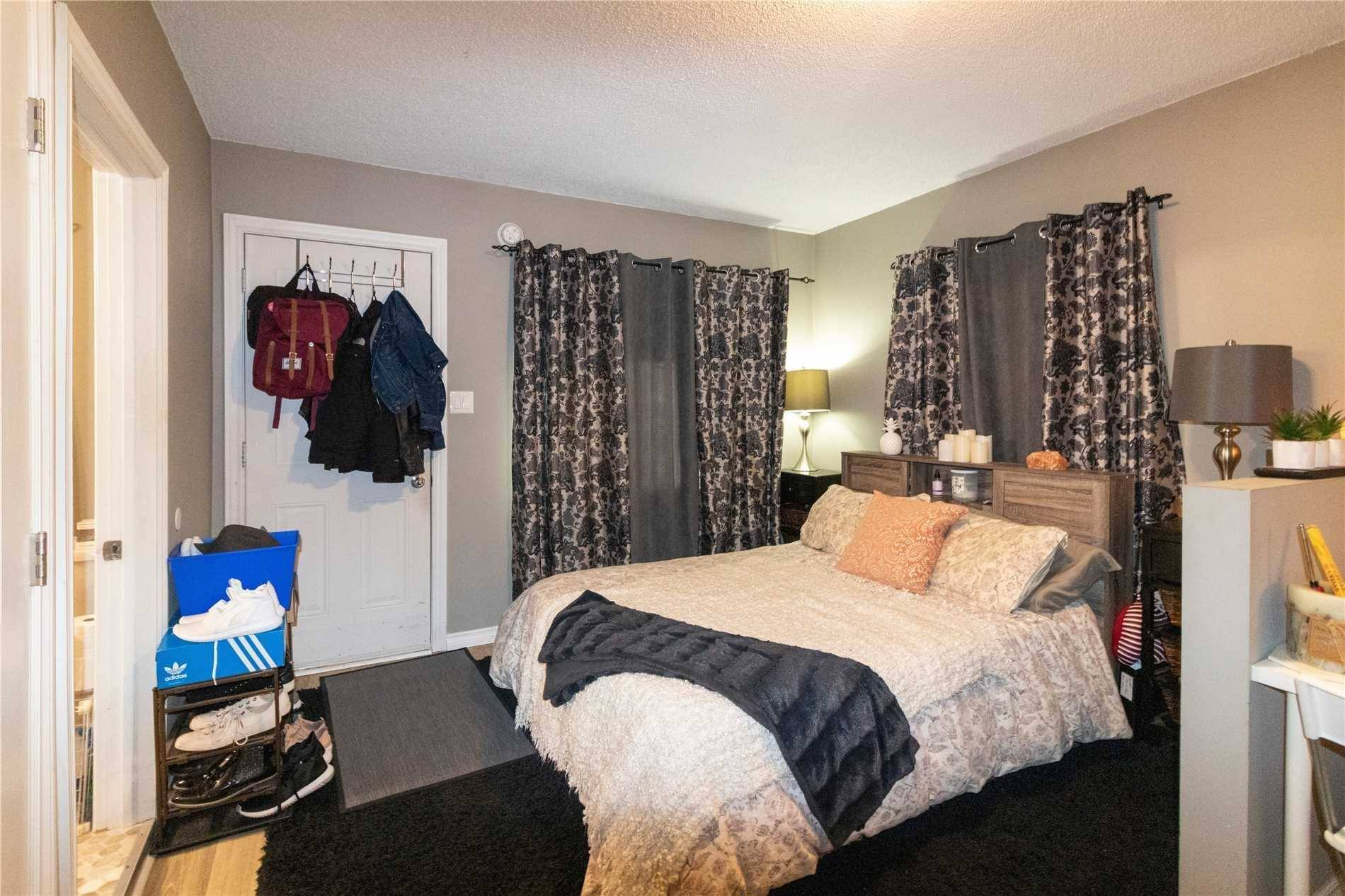 House for sale at 272 Haig St Oshawa Ontario - MLS: E4623495