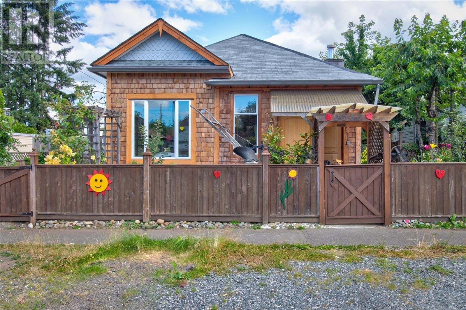 House for sale at 2721 Penrith  Cumberland British Columbia - MLS: 850362
