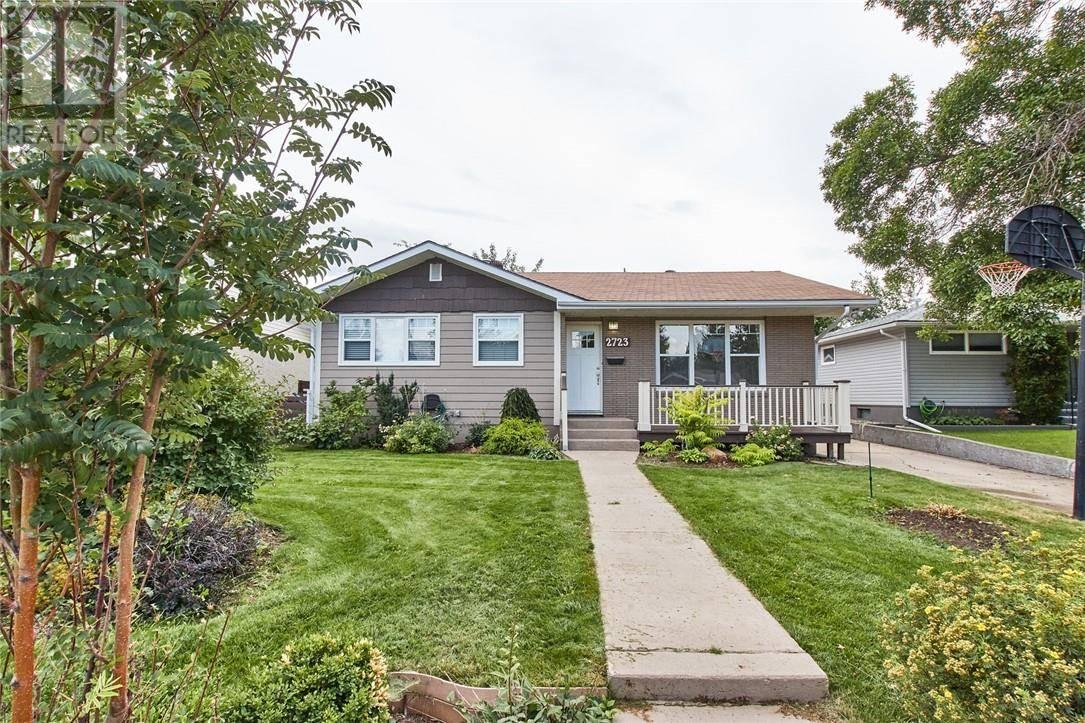 House for sale at 2723 Burton Pl Se Medicine Hat Alberta - MLS: mh0175578