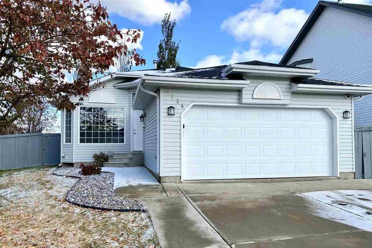 House for sale at 2724 44a Av NW Edmonton Alberta - MLS: E4218916
