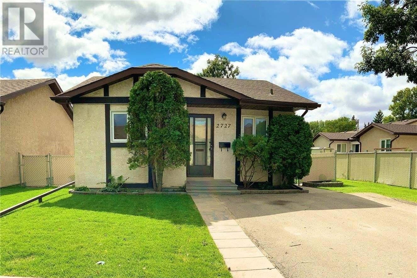 House for sale at 2727 Meadow Ln E Regina Saskatchewan - MLS: SK826056