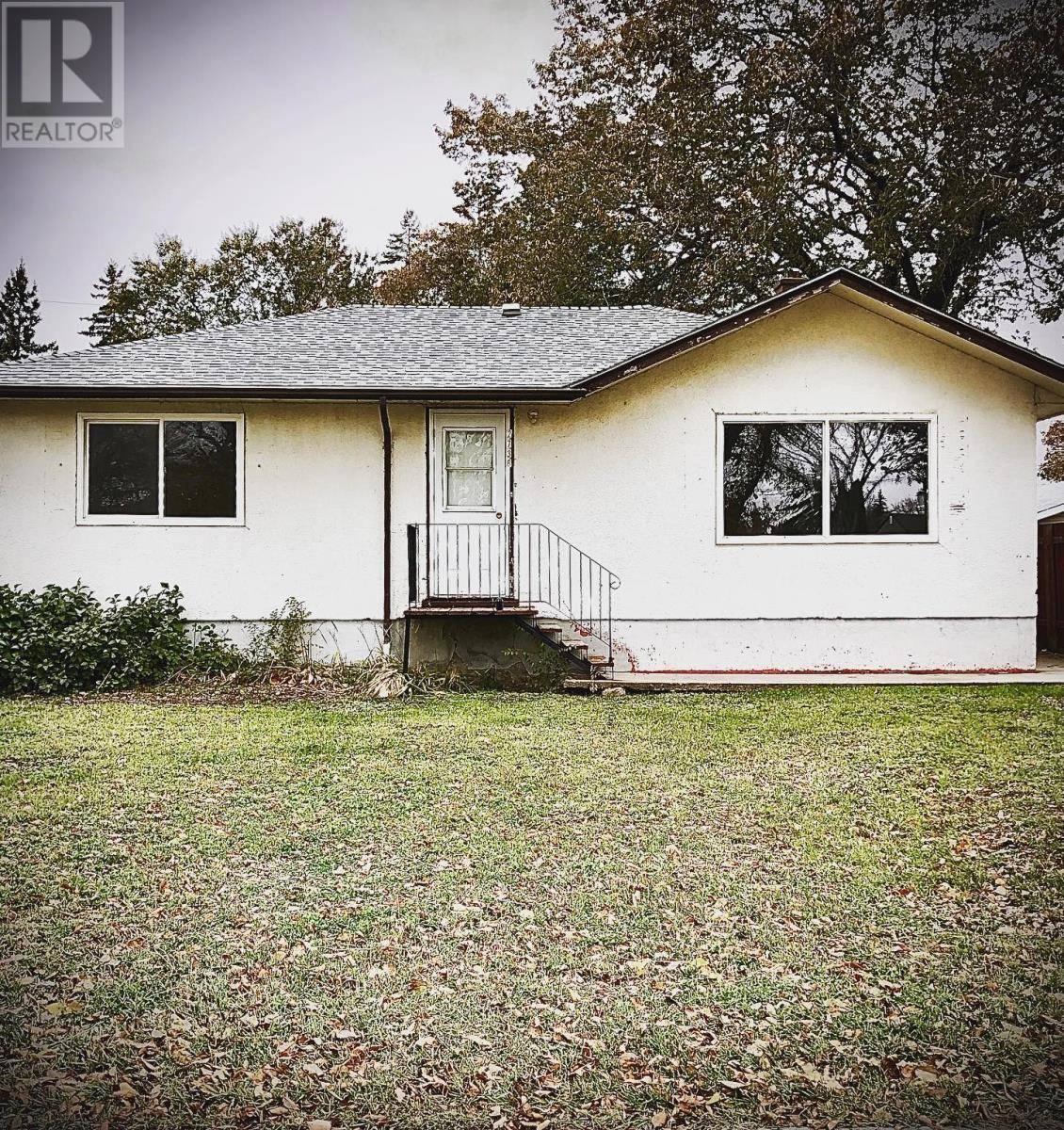 House for sale at 2738 Park St Regina Saskatchewan - MLS: SK789381