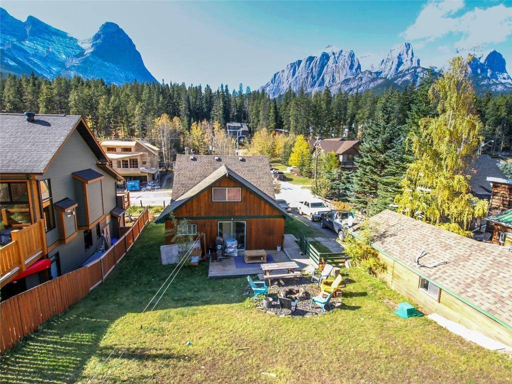 House for sale at 274 Three Sisters Dr Hospital Hill, Canmore Alberta - MLS: C4253079