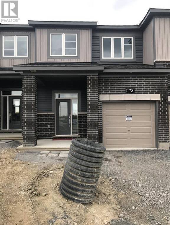 Townhouse for rent at 275 Bending Wy Ottawa Ontario - MLS: 1172803