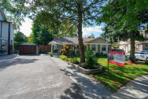 Townhouse for sale at 275 Hollyberry Tr Toronto Ontario - MLS: C4922938