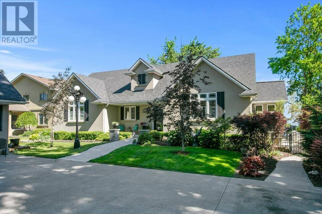 275 Lakeview Drive, Belle River | Image 1
