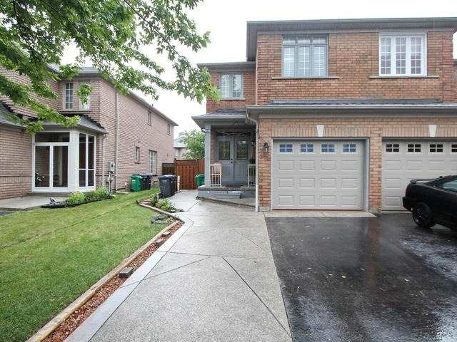 Removed: 275 Morningmist Street, Brampton, ON - Removed on 2017-11-08 04:44:32