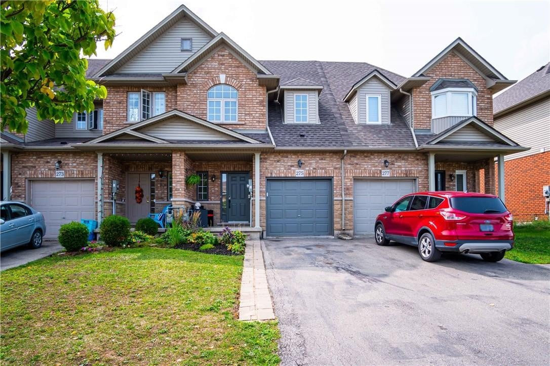 Townhouse for sale at 275 Southbrook Dr Binbrook Ontario - MLS: H4088174