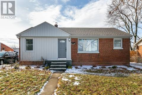 House for sale at 2759 Randolph Ave Windsor Ontario - MLS: 19013604