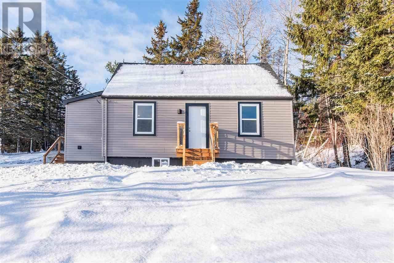 House for sale at 276 Old Sackville Rd Lower Sackville Nova Scotia - MLS: 202001204