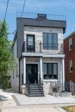 Sold: 276 Torrens Avenue, Toronto, ON