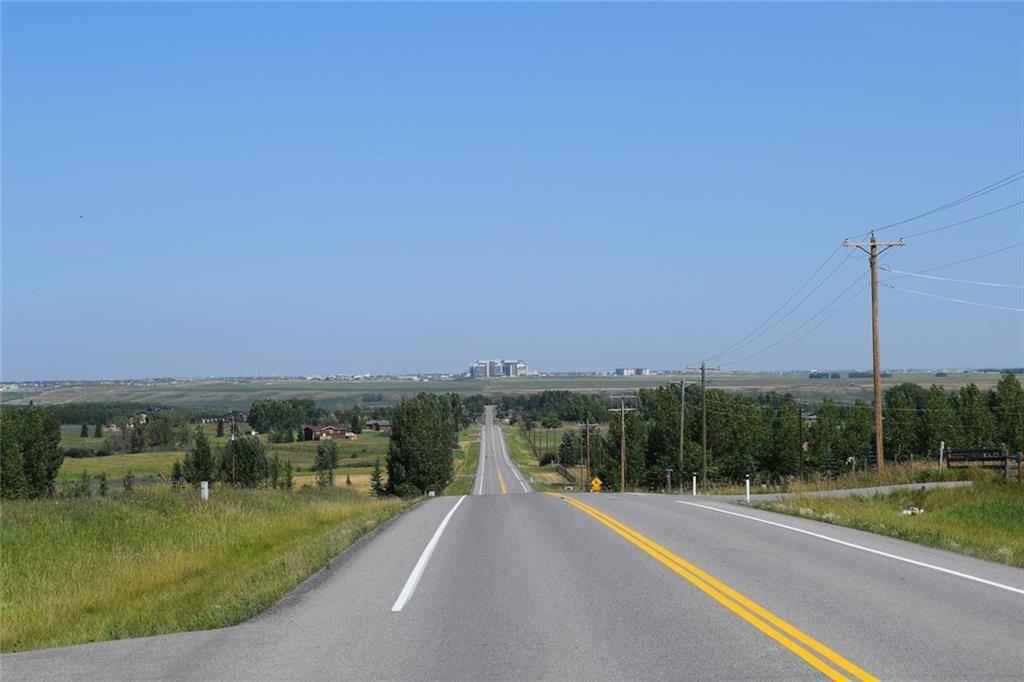 Home for sale at 276179 32 St E De Winton Alberta - MLS: C3652237
