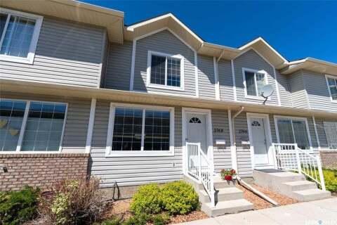 Townhouse for sale at 2768 Cranbourn Cres Regina Saskatchewan - MLS: SK813433