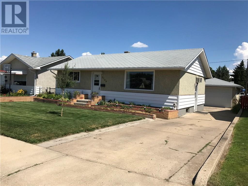 Removed: 2769 17 Avenue Southeast, Medicine Hat, AB - Removed on 2018-11-06 04:15:19