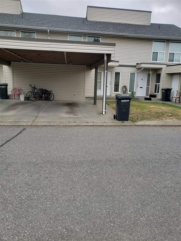 For Sale: 277 - 32550 Maclure Road, Abbotsford, BC   3 Bed, 2 Bath Townhouse for $449,900. See 10 photos!
