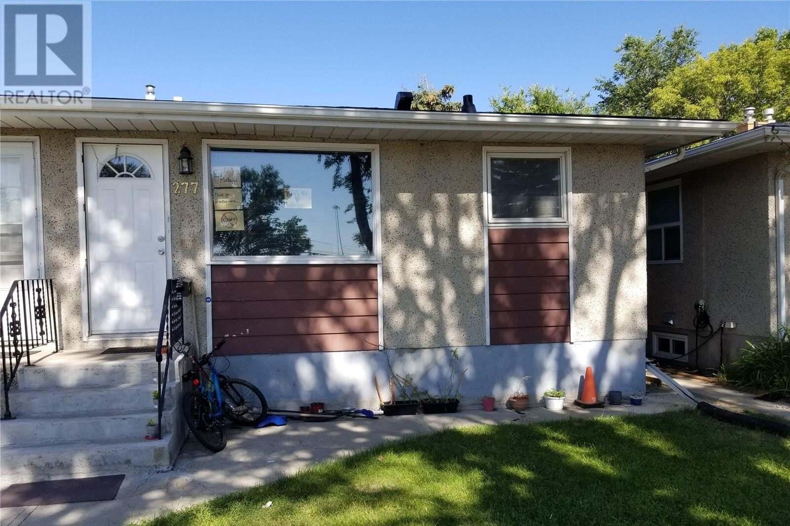 House for sale at 277 Froom Cres Regina Saskatchewan - MLS: SK821604