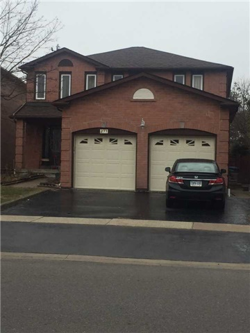 For Rent: 277 Huntington Ridge Drive, Mississauga, ON | 4 Bed, 3 Bath House for $2,600. See 15 photos!