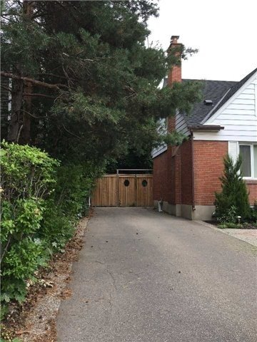 Sold: 277 Queen Mary Drive, Oakville, ON