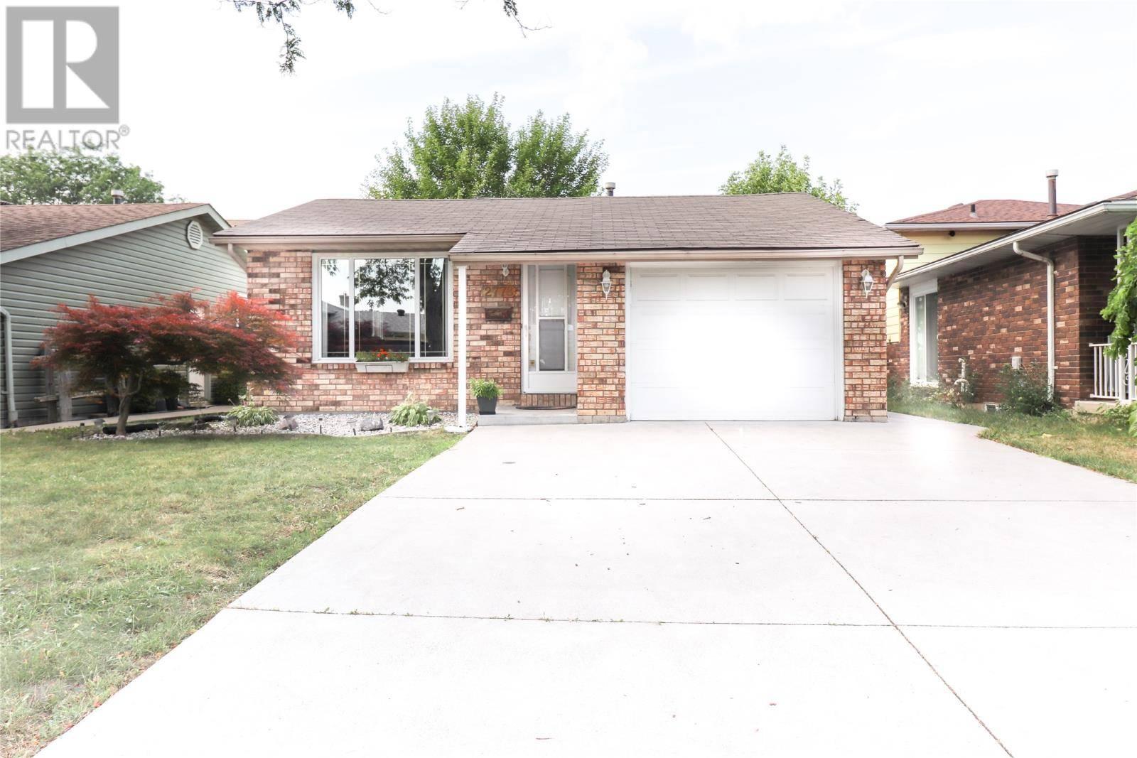 House for sale at 2778 Bramley  Windsor Ontario - MLS: 19023574