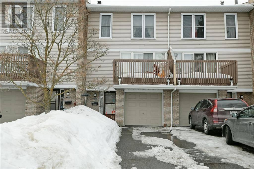 Townhouse for sale at 278 Dalehurst Dr Ottawa Ontario - MLS: 1183755