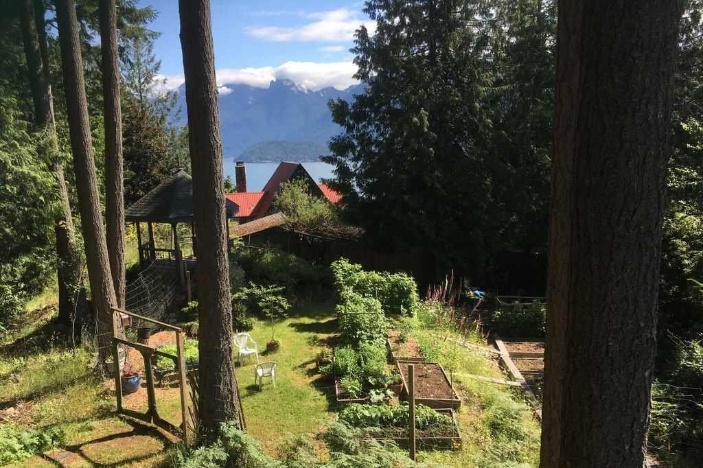 Residential property for sale at 279 Jason Rd Bowen Island British Columbia - MLS: R2525369
