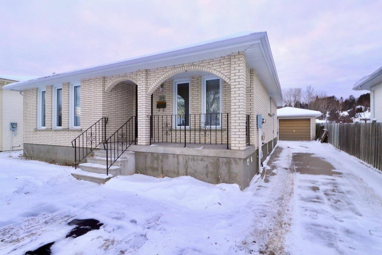 House for sale at 279 London Dr Thunder Bay Ontario - MLS: TB193876