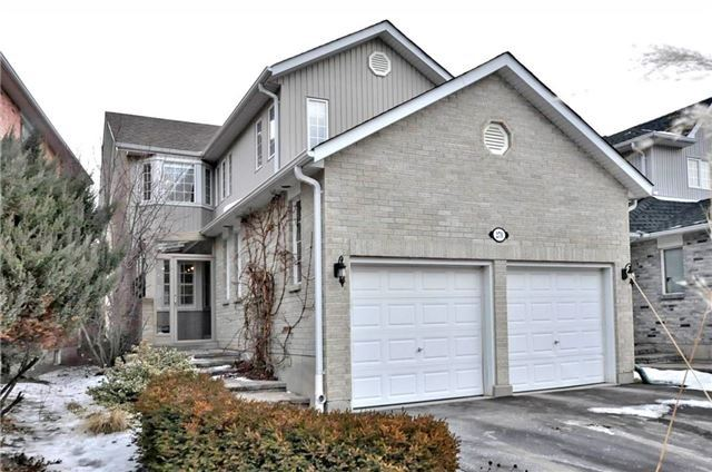 Sold: 279 Sheridan Court, Newmarket, ON