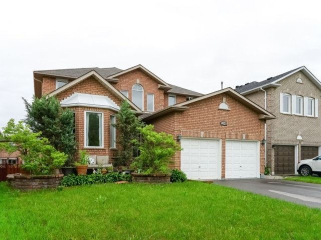Sold: 279 Waterford Gate, Pickering, ON