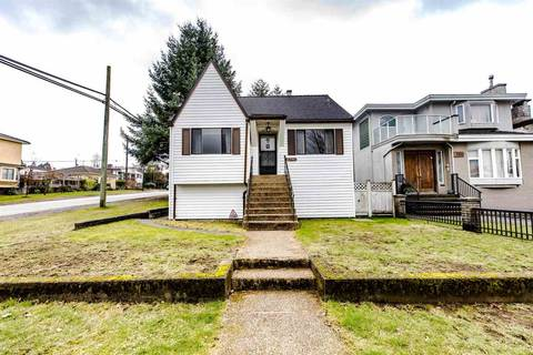 House for sale at 2796 16th Ave E Vancouver British Columbia - MLS: R2435685
