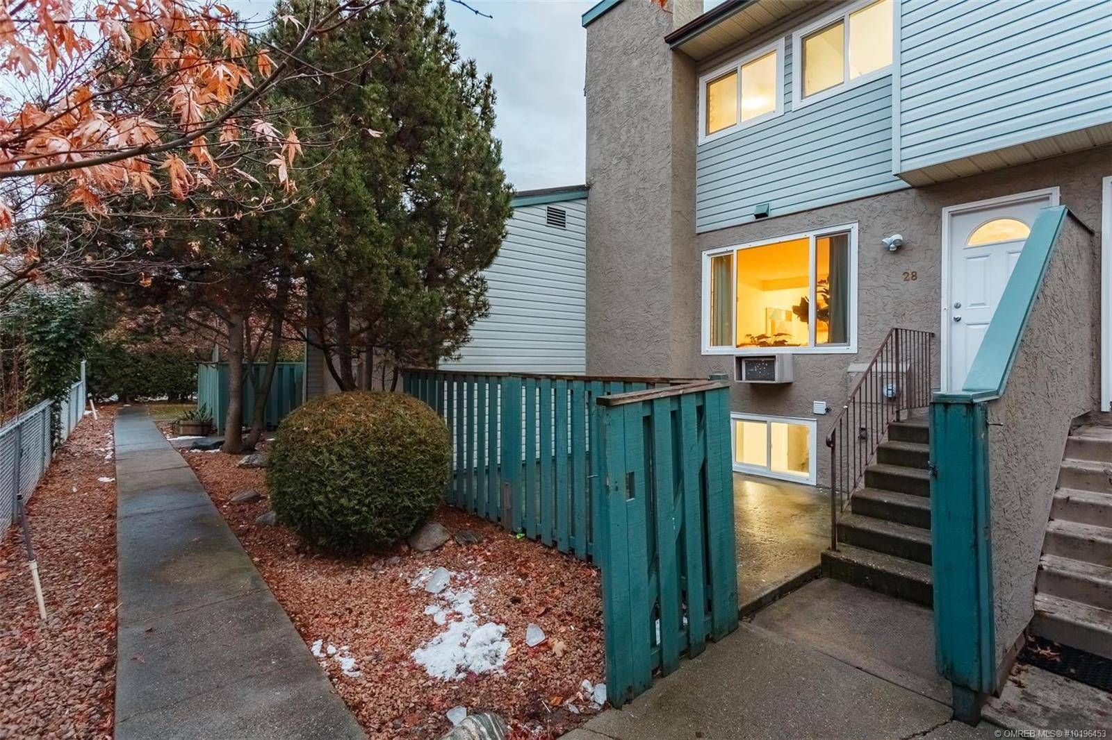 Townhouse for sale at 1471 Inkar Rd Unit 28 Kelowna British Columbia - MLS: 10196453