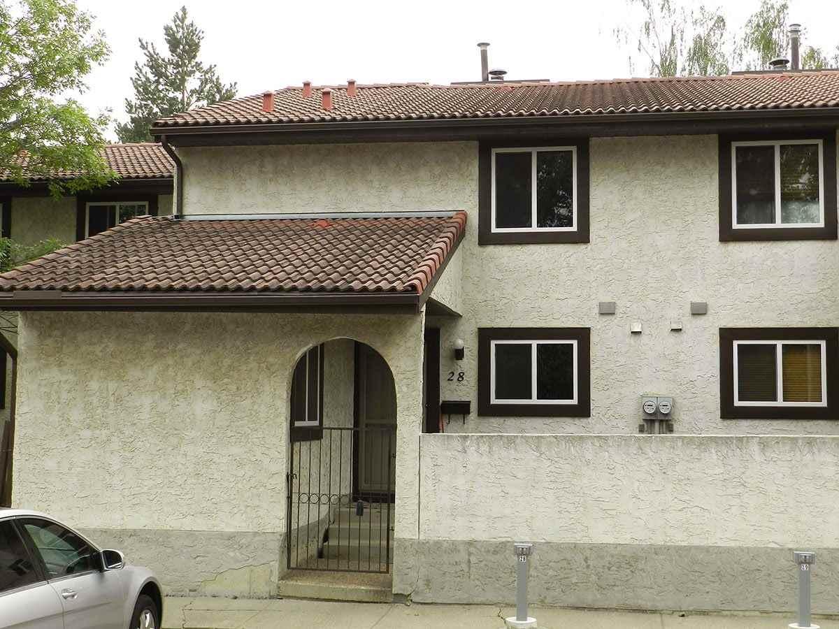 Buliding: 17409 95 Street, Edmonton, AB