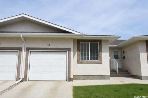 Townhouse for sale at 2751 Windsor Park Rd Unit 28 Regina Saskatchewan - MLS: SK813270