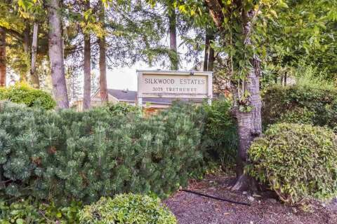 Townhouse for sale at 3075 Trethewey St Unit 28 Abbotsford British Columbia - MLS: R2498385